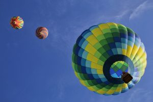 hot-air-balloons-1984308_1280